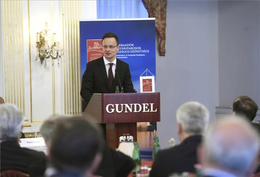 Hungary's Foreign Minister: US Negotiator Decisive For Deal On Universities