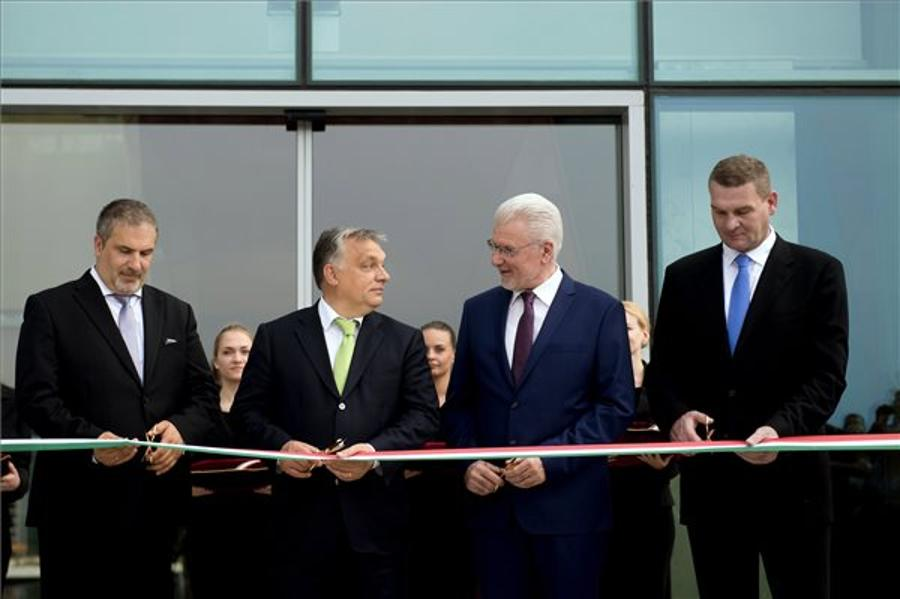 EU Laser Research Centre Inaugurated In Szeged