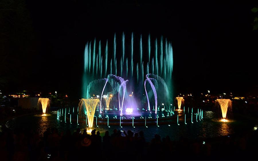 Musical Fountain's New Repertoire On Margaret Island