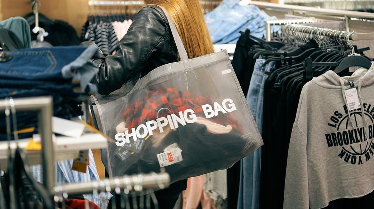 Retail Sales Growth Accelerates To 6% In May