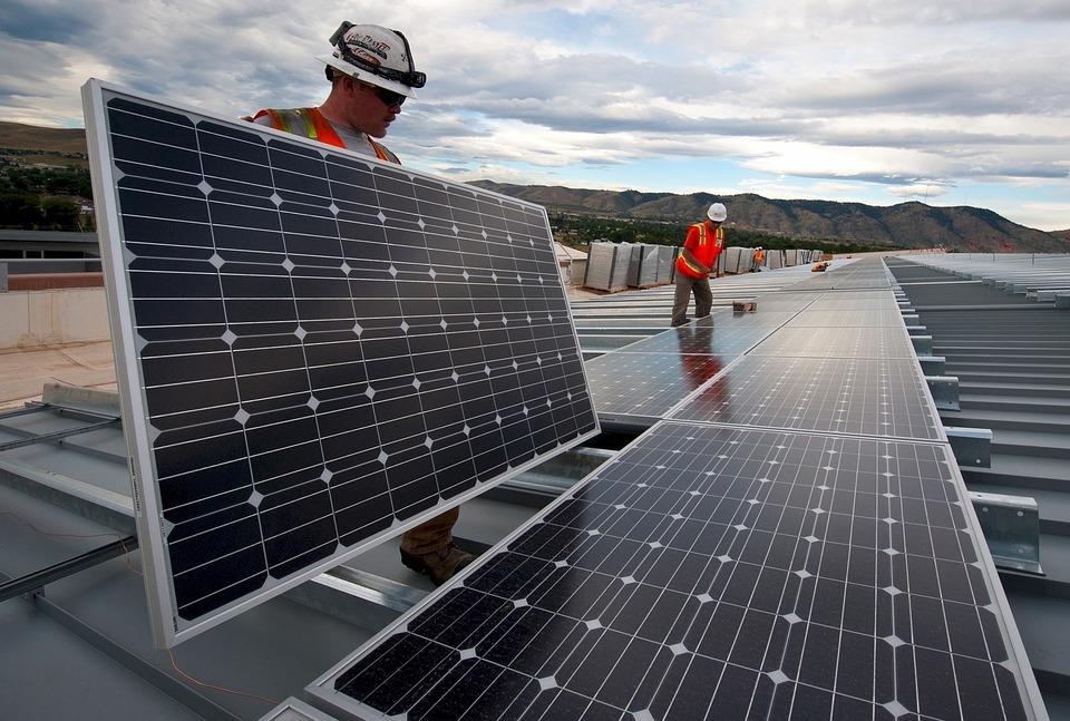 Govt Awards HUF 6.4 Bn For Solar Power Plant Projects