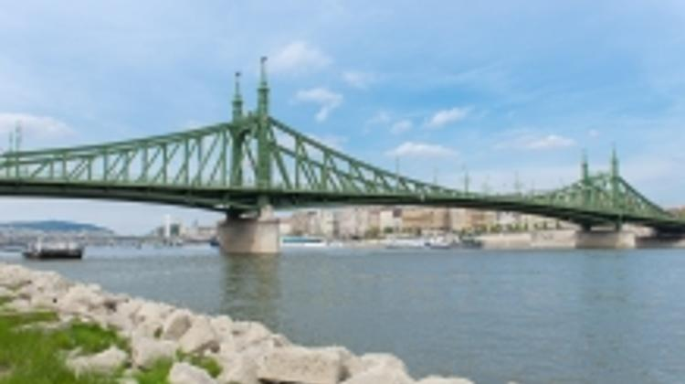 Closure Of Szabadság Bridge In August Creates Traffic Changes