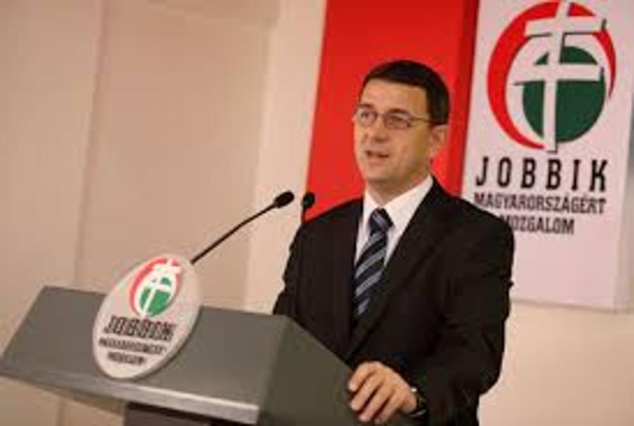 Jobbik Submits Bill On Banning Politicians From Top Sport Positions