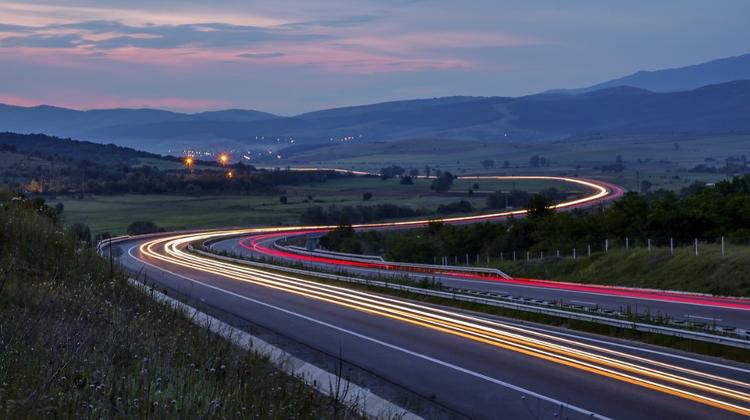 Motorways Reaching Hungary Border To Double By 2022