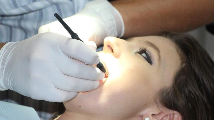 Dentists Call Three-Day Strike For September
