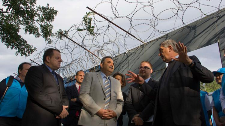 UNHCR Chief Says Hungary's Transit Zones Are Really Just Detention Centers