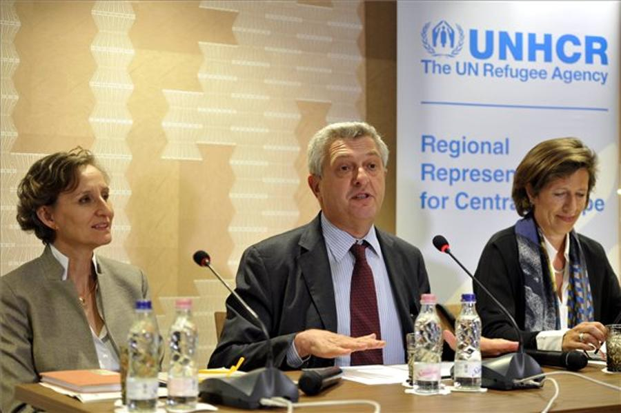 UNHCR Chief In Hungary: Security, Protection Of Refugees Not Incompatible