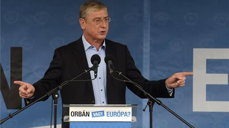 Gyurcsány Urges Voters To 'Choose Europe Over Orbán'