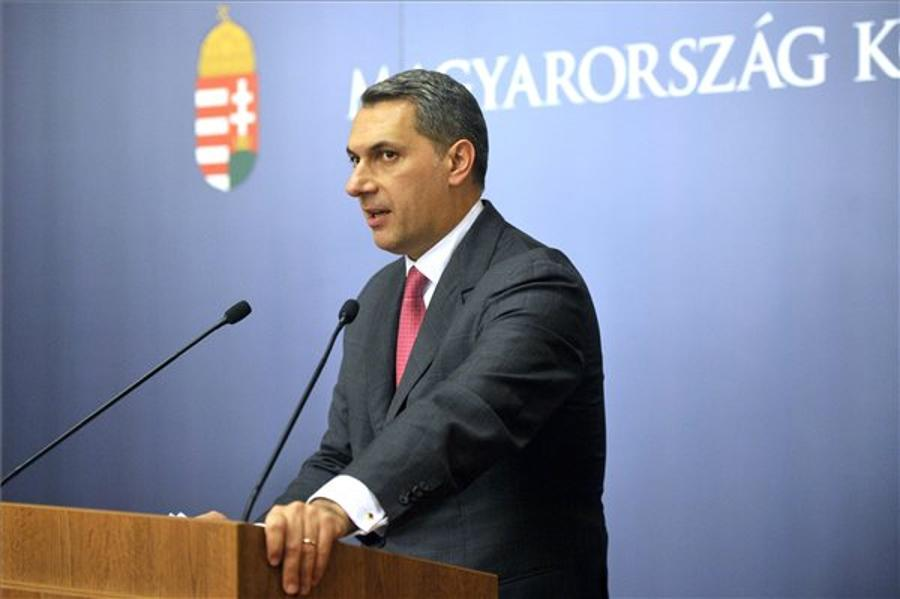 Lázár Calls For Clarification Of Soros's Influence In Brussels