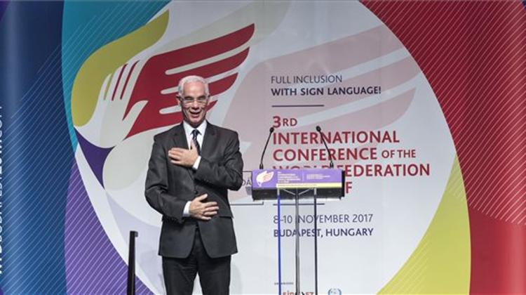 HR Minister Addresses Intl Conference On Integration Of The Deaf