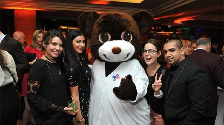 Updated: See What Happened @ Bonfire Night In Budapest, Xpat Charity Party