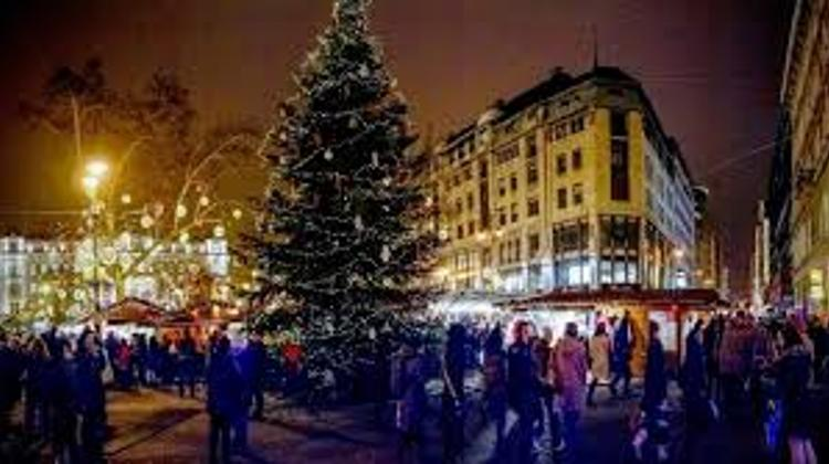 Budapest Christmas Fairs - A Good Business For Exhibitors