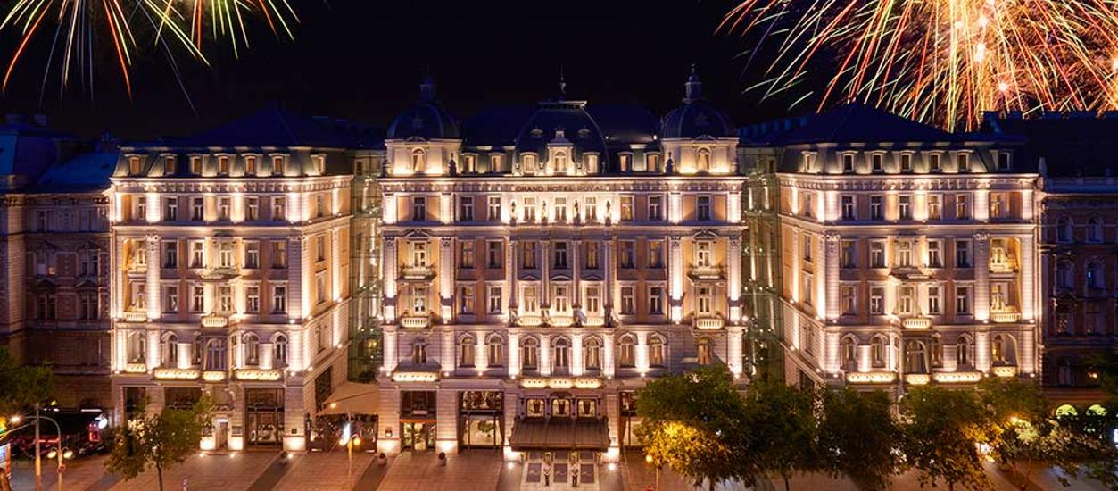 New Year's Eve Gala Dinner in Corinthia Hotel's Grand Ballroom