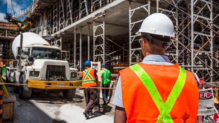Construction Output Climbs More Than Expected In October
