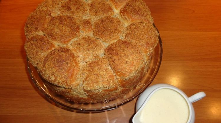 Hungarian Recipe Of The Week: Golden Coffee Cake (Aranygaluska)