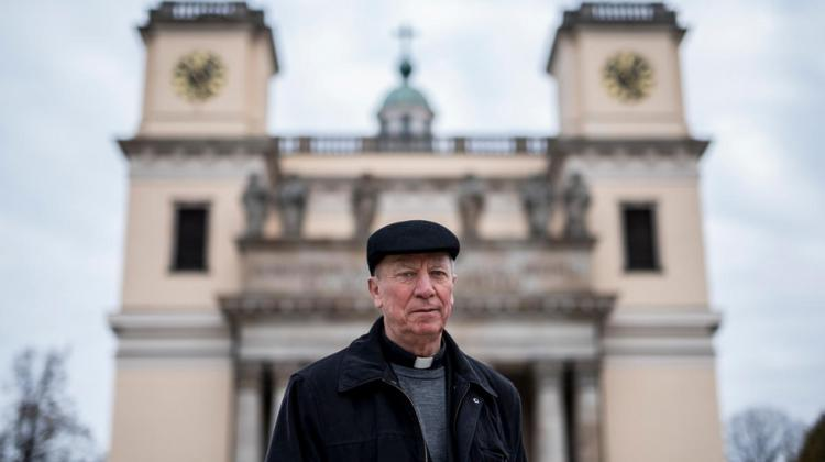 Bishops Offer 'Room At The Inn' To Refugees In Hungary