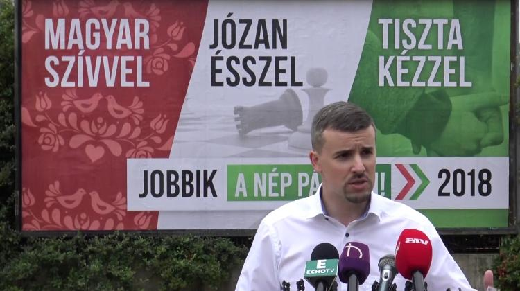 Jobbik Seeks Explanation For Hungary's Admission Of 1,300 Refugees
