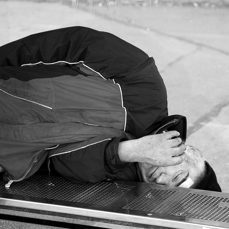 4,000 Hungarians Sleeping Rough, Survey Shows